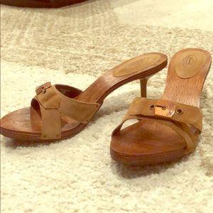 Dr. Scholls wooden slipper heels